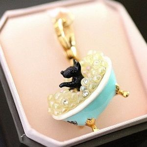 NWT Juicy Couture Scottie Dog in Bubble Bath Charm